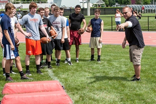 LFG2012 NONbanner 1178 LFG OPENS REGISTRATION FOR 2013 FOOTBALL CAMPS